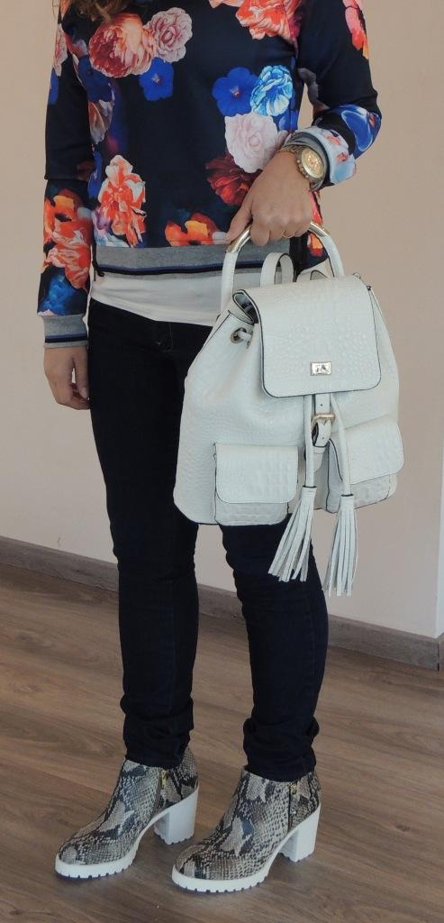 sapato e mochila